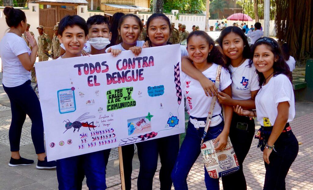 Unge i Rurrenabaque i Bolivia kalder til kamp mod myg